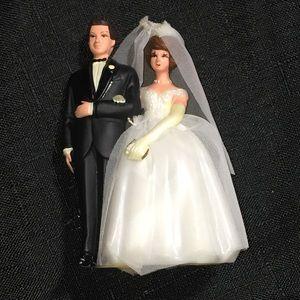 Vintage 60s wedding cake topper bride groom